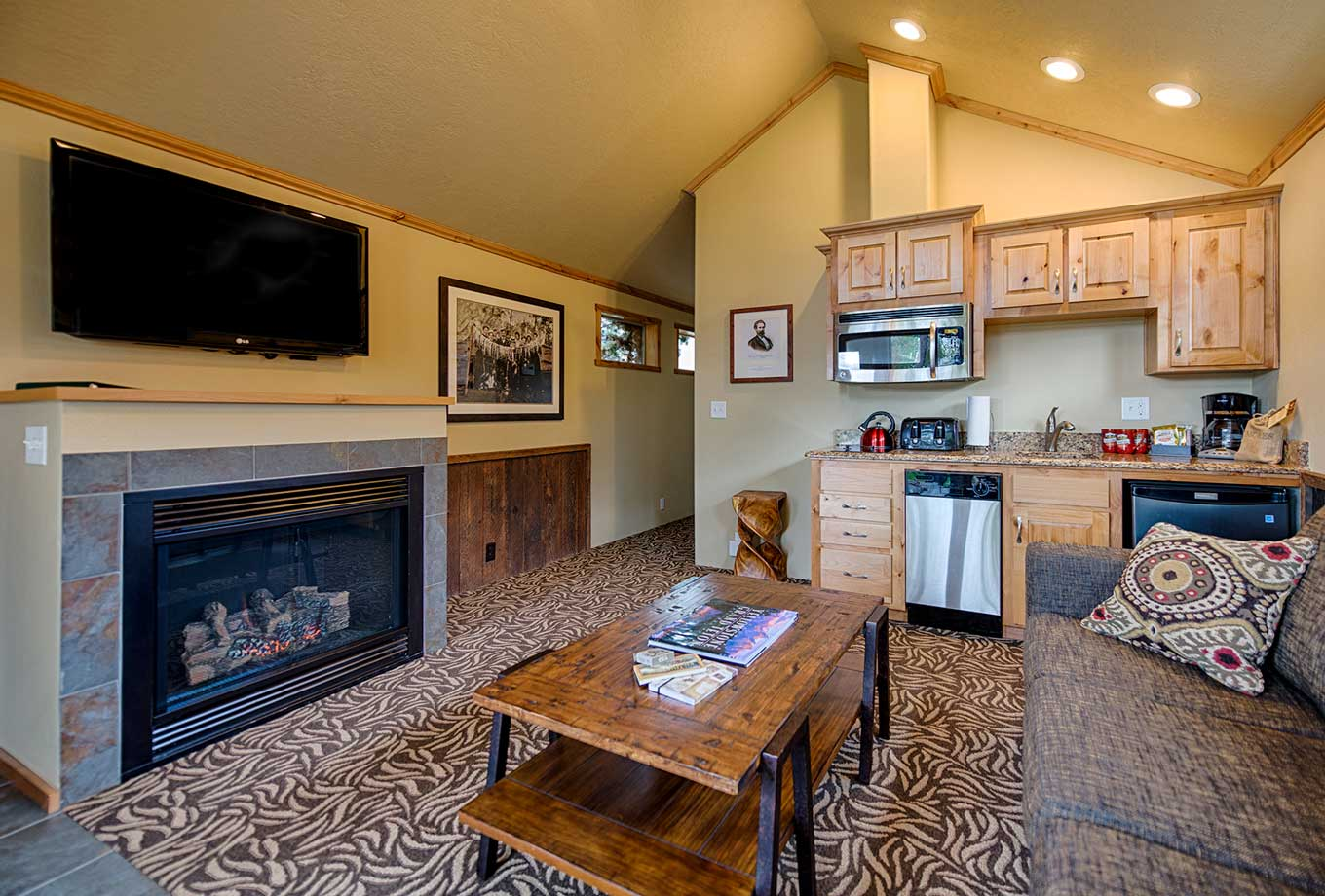 West Yellowstone Explorer Cabins kitchenette and living room