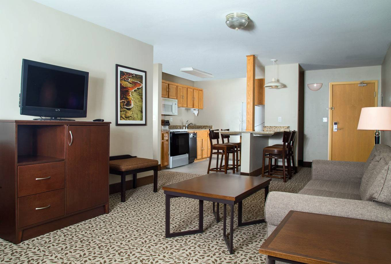 One bedroom family suite at Gray Wolf Inn and Suites