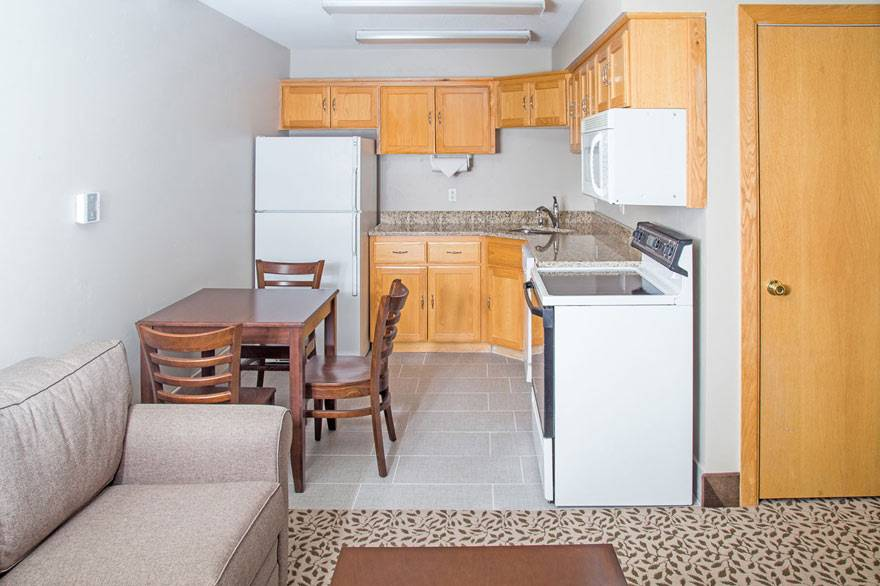 Gray Wolf Junior Suite Kitchen