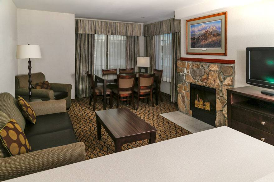 Holiday Inn West Yellowstone executive suite
