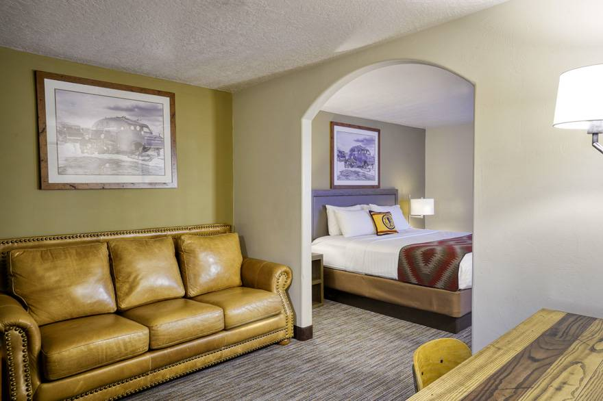 Yellowstone Park Hotel Junior Suite