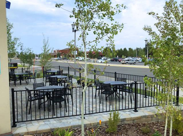 Outdoor patio at Gray Wolf Inn and Suites