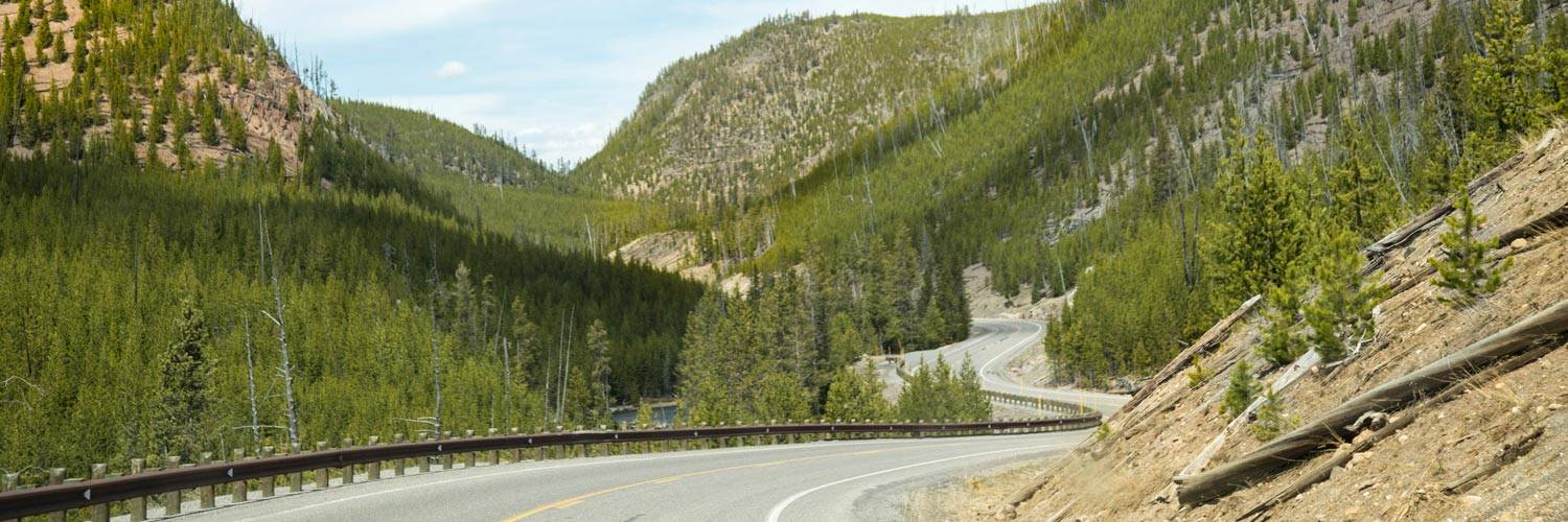 Scenic Drive into Yellowstone National Park, scenic road into Yellowstone