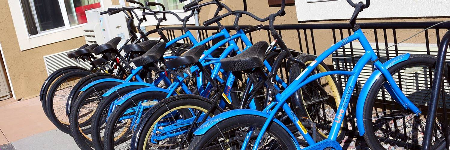 Complimentary bicycle rentals at Yellowstone Park Hotel