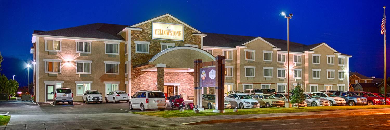 Yellowstone Park Hotel Exterior