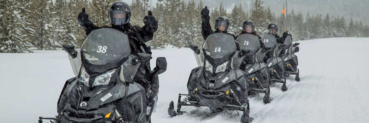 Top 10 Winter Activities in Yellowstone