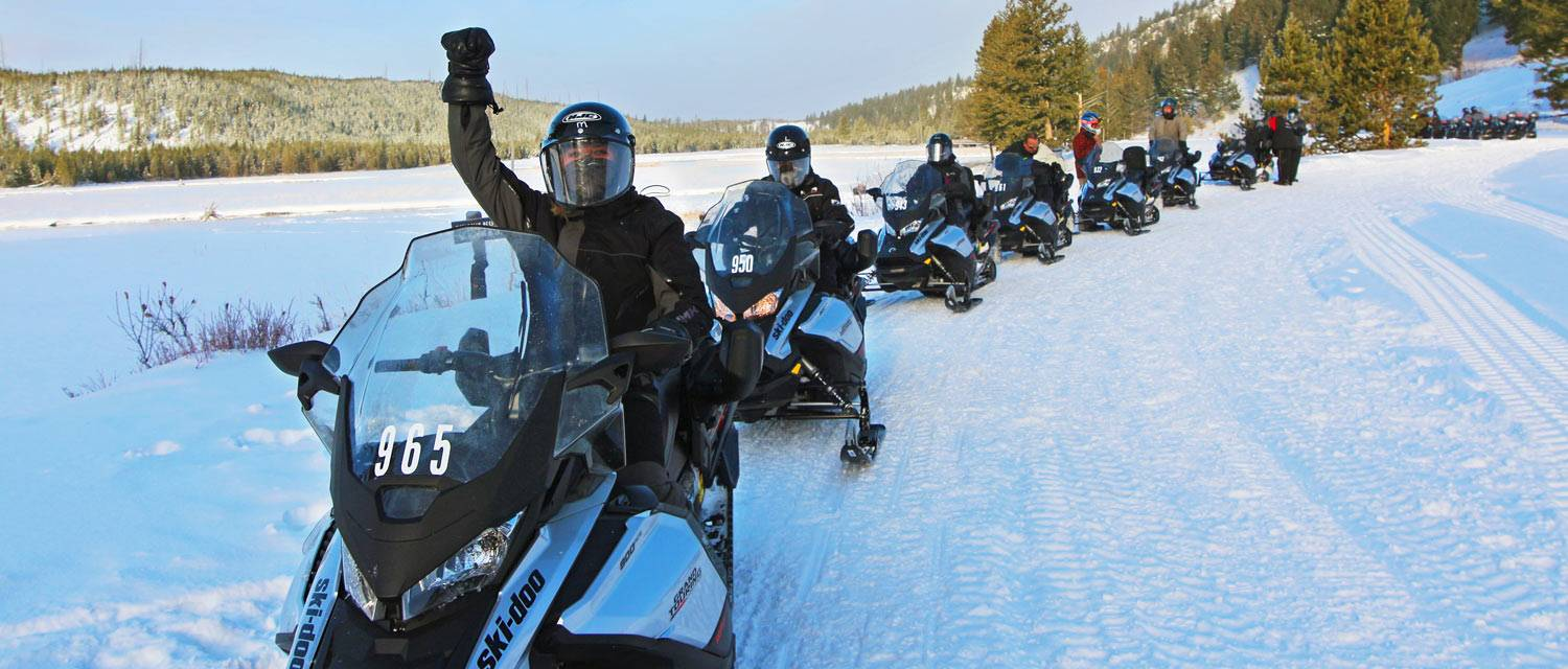 Yellowstone National Park snowmobile tours with Yellowstone Vacations