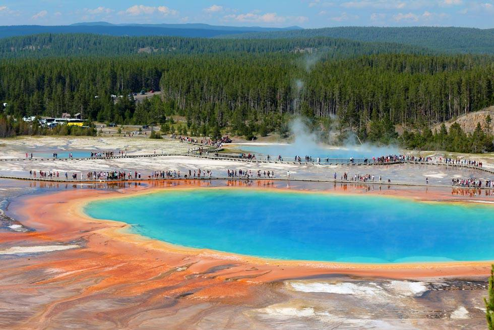 Yellowstone's famous Grand Prismatic Spring