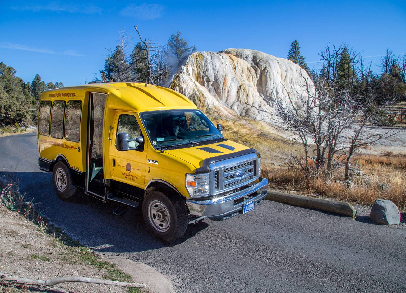 Yellowstone summer bus tours, Yellowstone tours