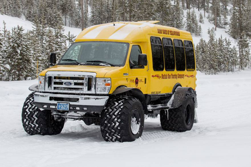 Yellowstone snowcoach tour with customers